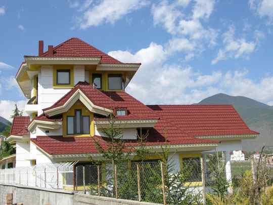 اجرای پوشش سقف های شیبدار شیروانی
