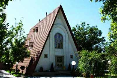 تفاوت سقف شیبدار دکرا سنگریزه ای و طرح سفال در چیست؟